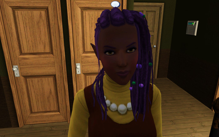 Adult Shirley in her new colours (brown and yellow) with awesome bead-dreaded hair.